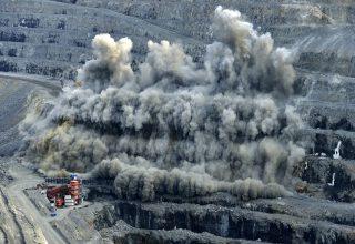 Geotecnia Aplicada a Minería Superficial y Subterránea